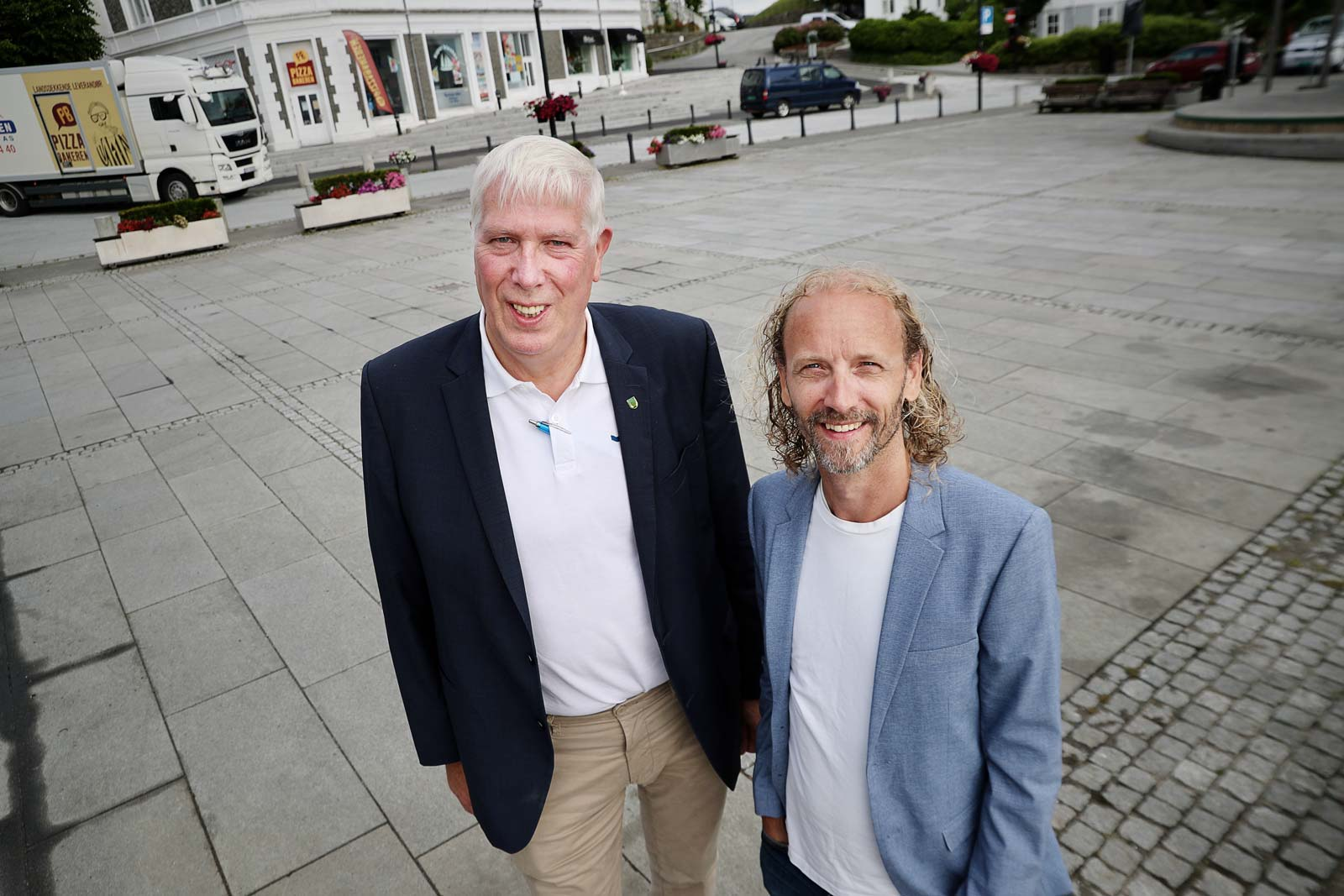 Kommunen hjelper butikkene i gang / SHOPIN Farsund